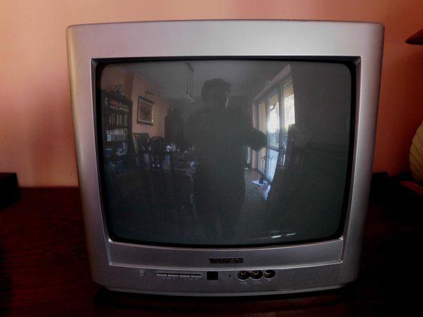 """Telewizor marki Thomson 13,5"""" z dekoderem TV naziemnej firmy ARIVA."""