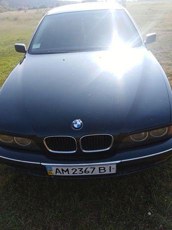 продам автомобиль bmw523і