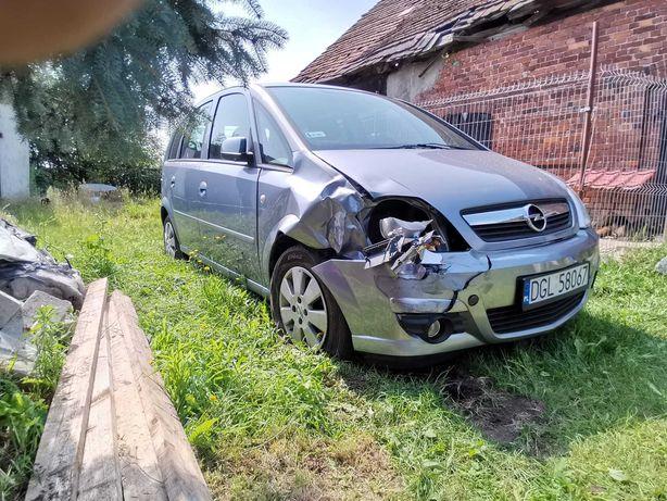 Opel Meriva 2008r uszkodzony