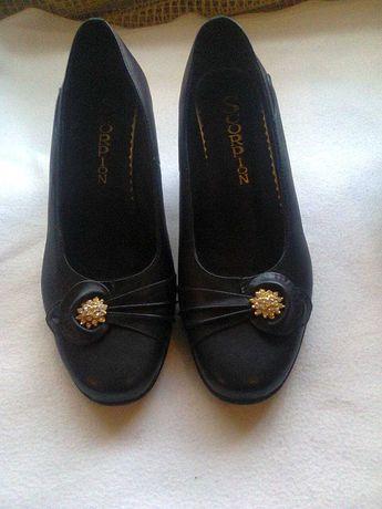 Туфли кожанные женские