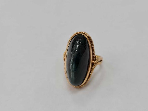 Wyjątkowy złoty pierścionek/ 750/ 10.86 gram/ R17/ Kwarc