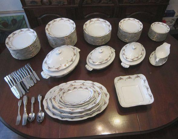 Serviço jantar conjunto Vista Alegre c/ numeração serie a dourado