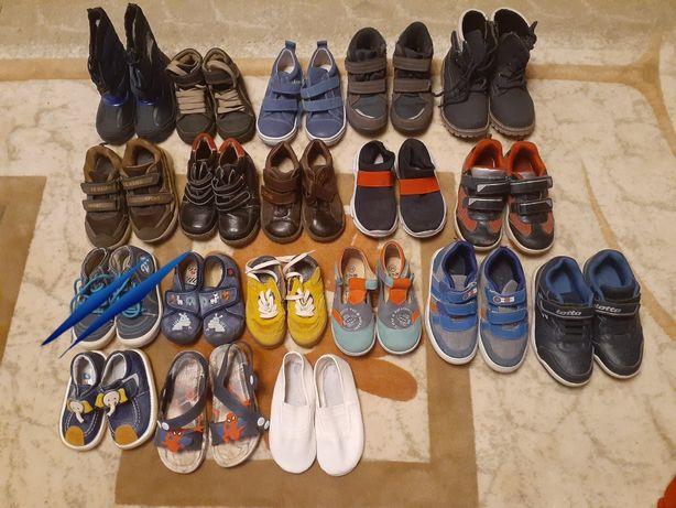Взуття на хлопчика б/в та нове