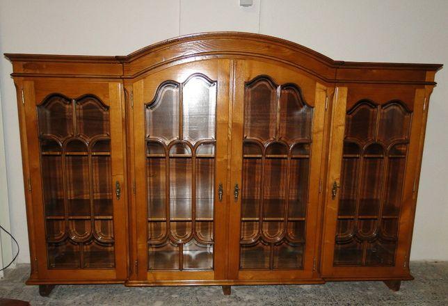 Livreiro em madeira com portas de vidro - óptimo estado