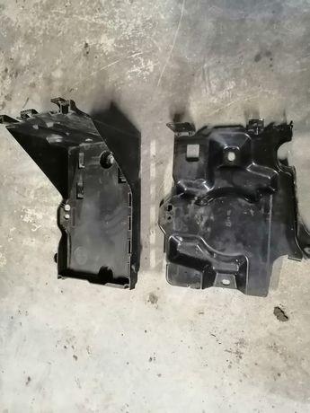 Obudowa osłona akumulatora Peugeot 308. 07-11 1,6benzyna