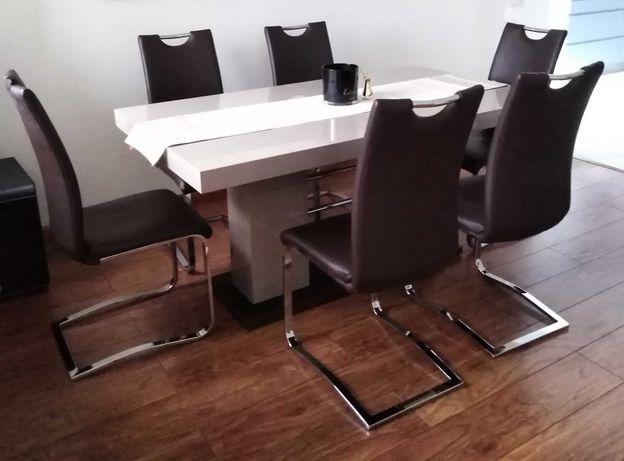 krzesła z Eko skóry brązowe