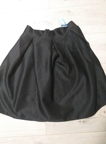 Nowa spódnica rozkloszowana