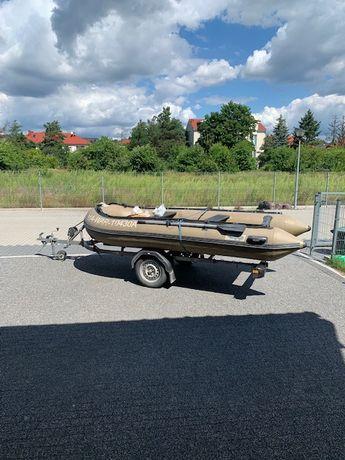 sprzedam sprzęt pływający (ponton na przyczepce drogowej, silnik)