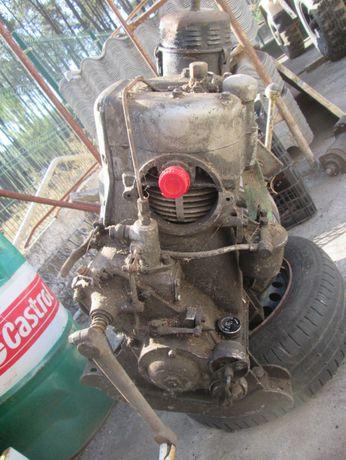 Motor de 1 cilindro a diesel a manivela