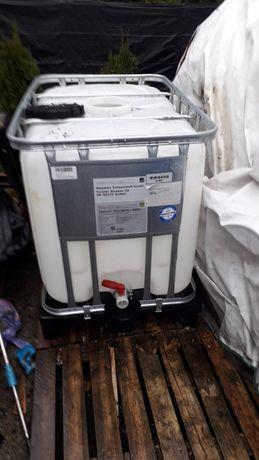 Mauzer 600 litrów paletopojemnik