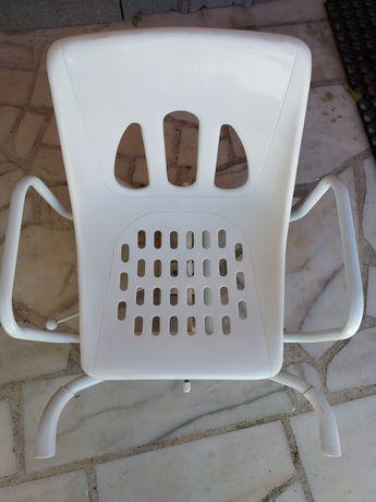 Cadeira giratória para banheira