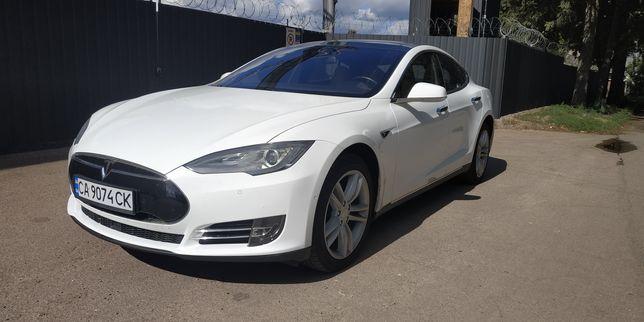 Tesla model s 90кВт без ДТП