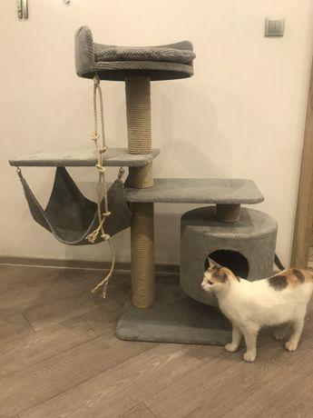 Nr 17. Drapak dla kota z domkiem i hamakiem