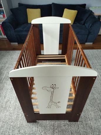 Łóżko, łóżeczko dla dziecka, Klupś żyfara, orzech, przewijak