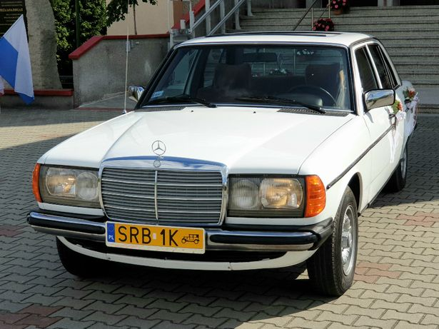 Wynajem samochodu klasyka do ślubu - MERCEDES - 450 pln