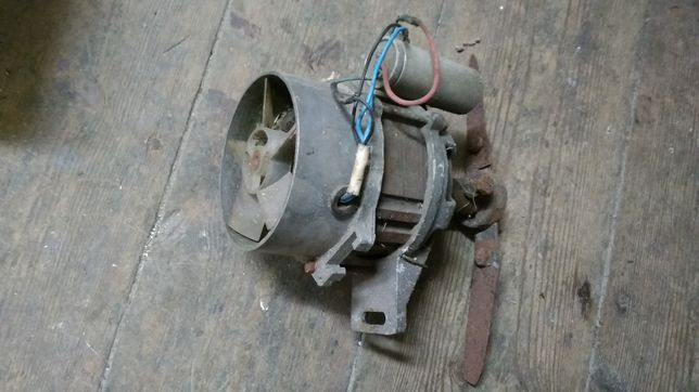 Silnik kosiarki