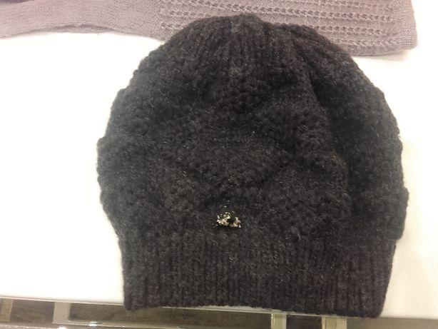 Okazja ! ciepła czapka ciemny fiolet z połyskliwą nitką