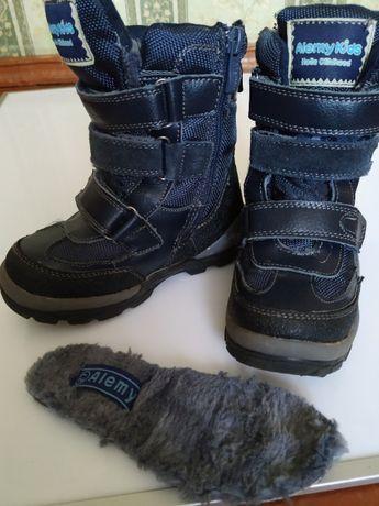 Ботиночки зимние мальчиковые 27 разм.