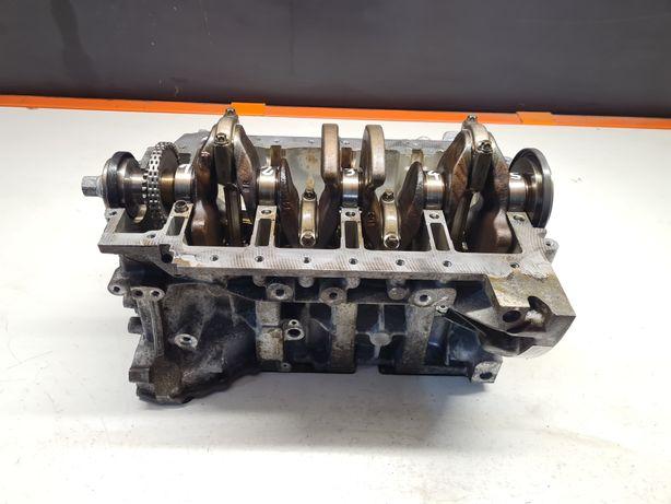 BLOK silnika BMW N20 N26 2.0 benzyna kompletny / WAŁ korbowy / tłoki