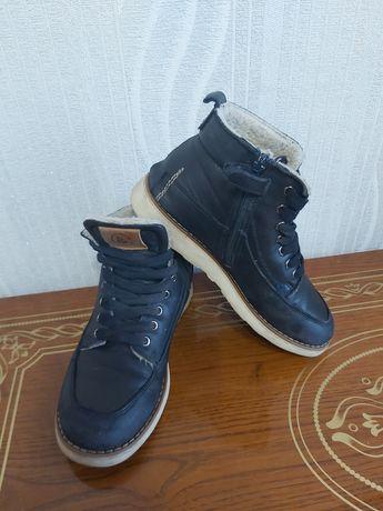Зимние кожаные сапоги B&C 34р