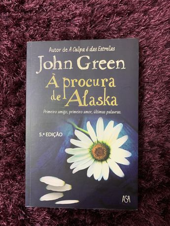 """Livro """"A procura de Alasca"""""""