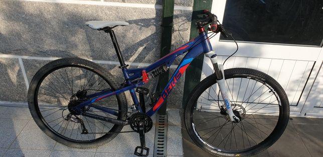 Bicicleta suspensão total 29