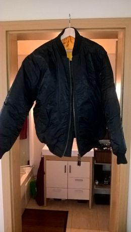 Bomber Jacket - em perfeito estado