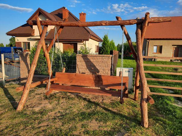 Huśtawka ogrodowa drewniana