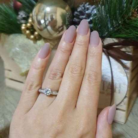 Продам кольцо серебро 925° с фианитами