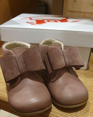 Buty Emel dla dziewczynki r.21