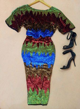 Продам шикарное платье в пайетках