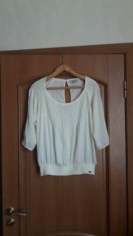 Блуза Guess оригинал размер M