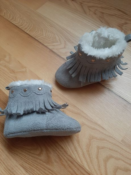 Черевички для дитини. Ботиночки. Ботінки. Ботинки