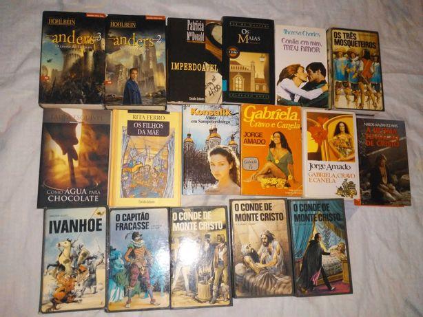 Livros variedade desde 4€ bom estado
