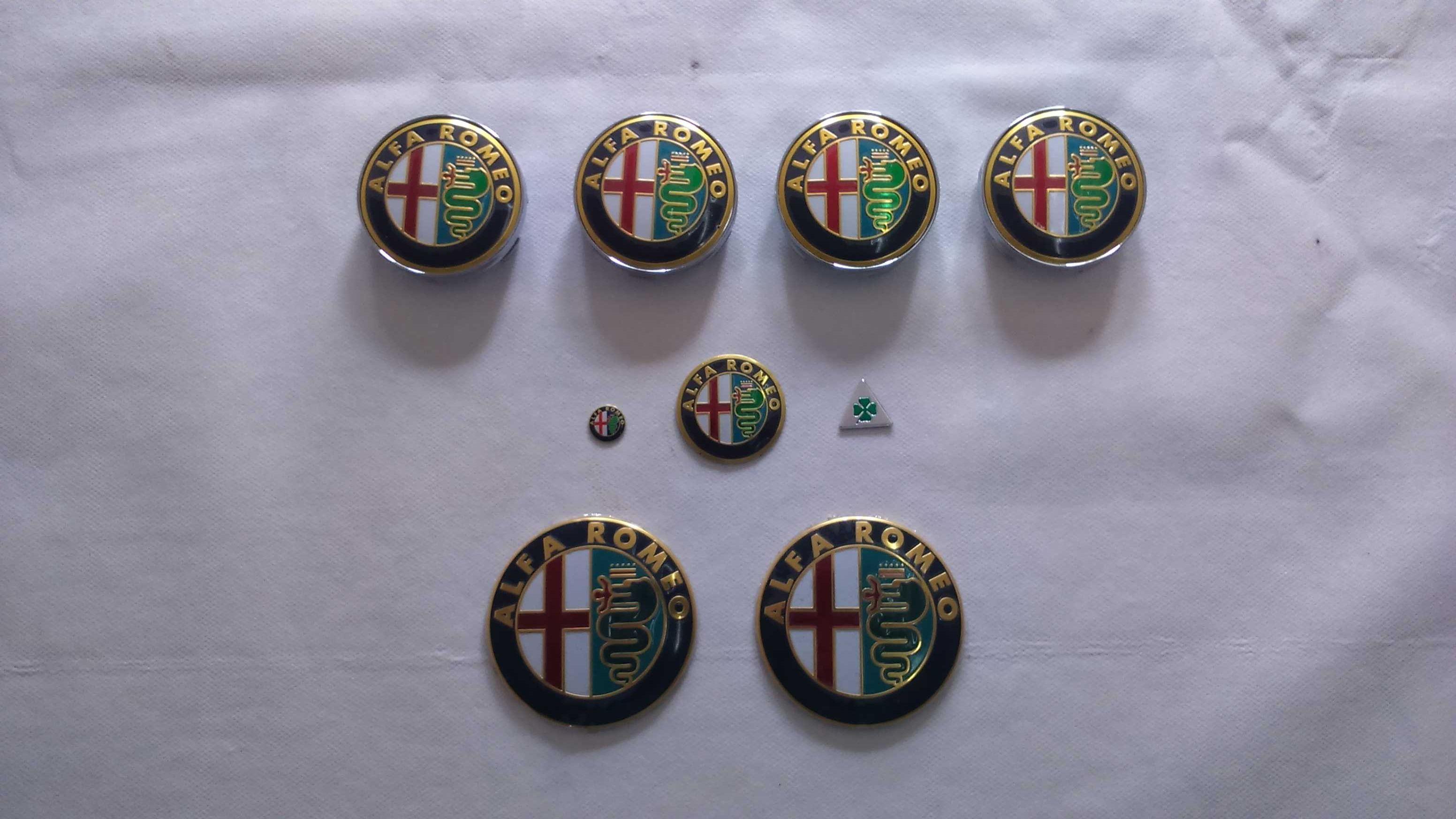 Conjuntos kits de emblemas/símbolos e centros de jante Alfa Romeo