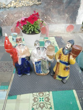 Статуэтки штофы керамика
