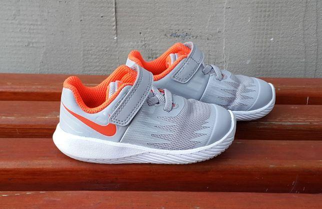 Кожаные кроссовки Nike Star Runner 22 р. Оригинал