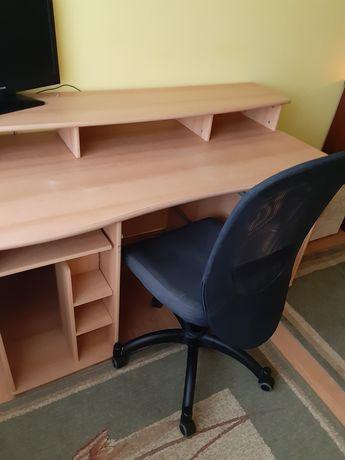 Sprzedam biurko z nadstawka
