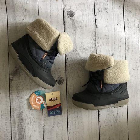 Alisa сапоги зимние чоботи на овчине натуральная шерсть 27 непромокают