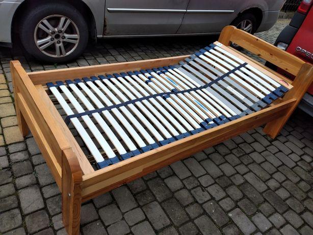 Łóżko sosnowe z wkładem