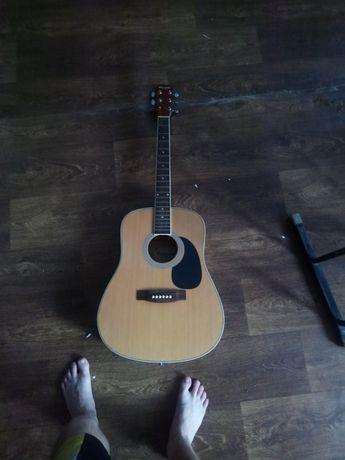 Гитара maxvood сломанная