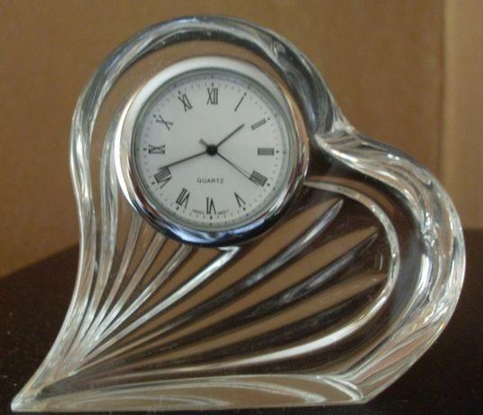 Часы настольные хрустальные