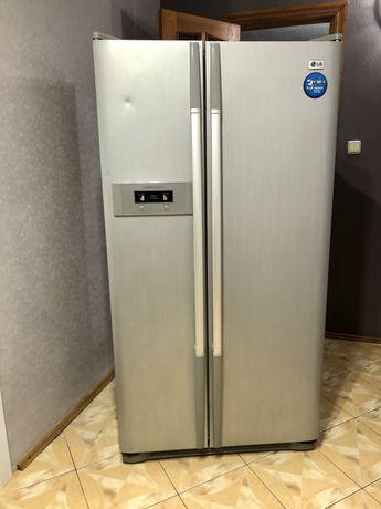 Холодильник LG ноуфрост двухдверный
