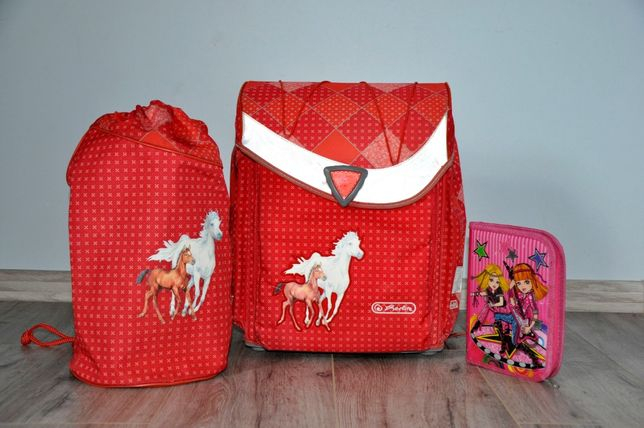 Школьный рюкзак, ранец hertlitz для девочки + сумка для обуви + пенал