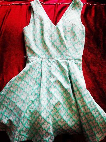 Sukienka zielona wiosenna Oasis