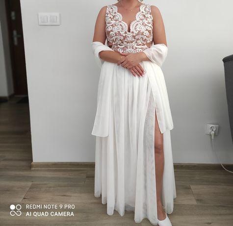 Suknia ślubna + szal