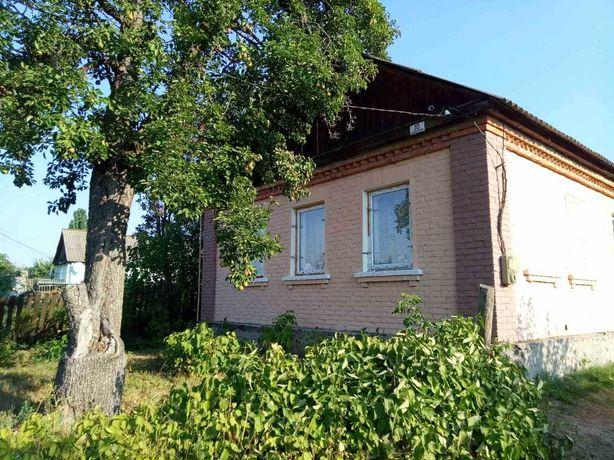 Будинок 70 км від Києва