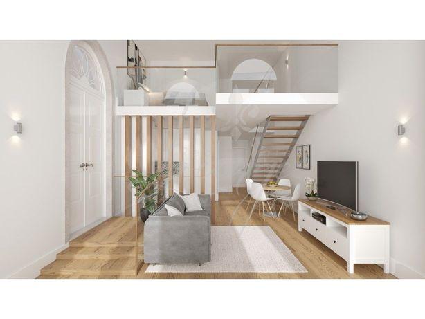 Vende-se Apartamento Loft Mezzanine (T1+T0) Novo com Terr...