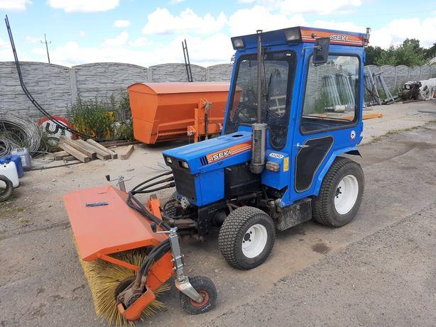 Iseki traktorek komunalny zamiatarka pług 4x4