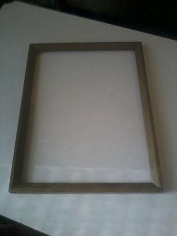 Рамка деревянная 35 на 45 см.
